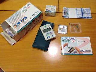 Aparato medidor de glucosa, (azúcar en sangre).