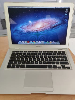 "Portátil Apple MacBook Air 13"" año 2008"