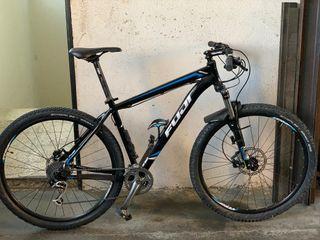 """Bicicleta MTB 29"""" Fuji Nevada One. 3 Shimano XT"""