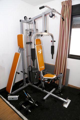 Máquina multiestación de musculación