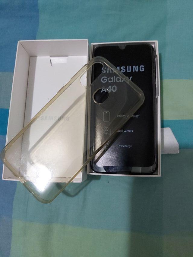 Samsung galaxy A40 64 gb ampliables