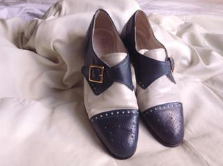 Late 80's Vintage BALLY shoes cream and Navy