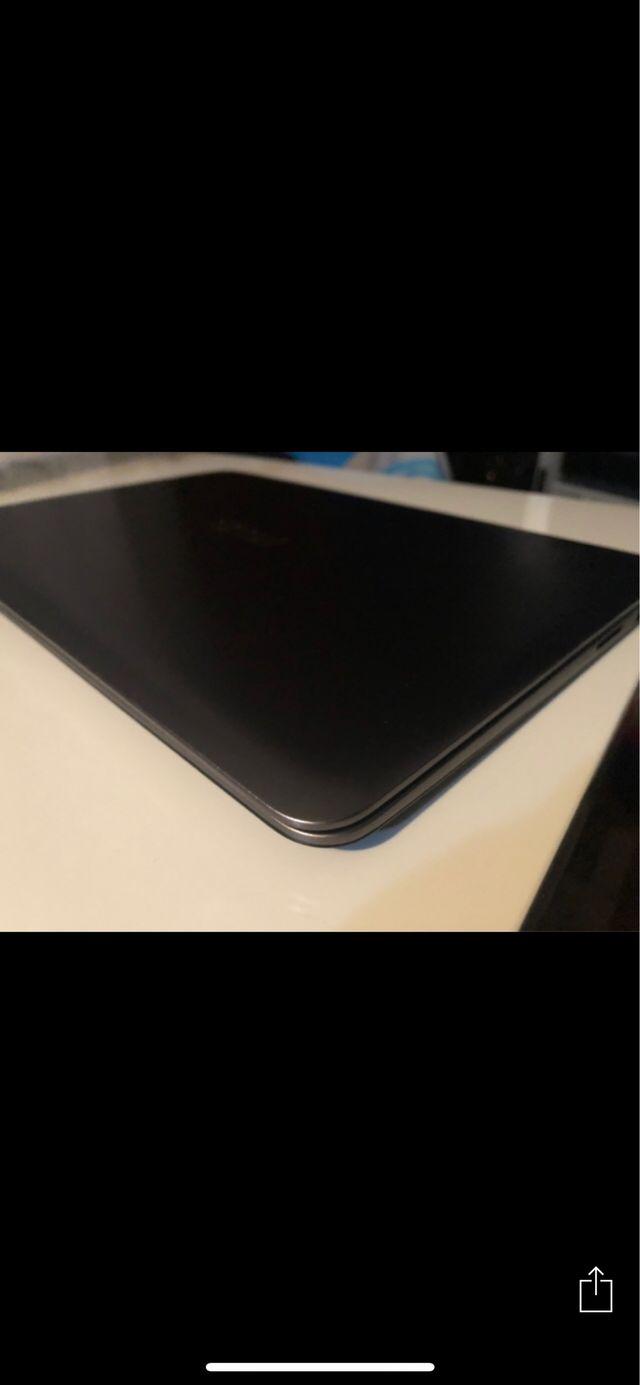 Portátil asus como nuevo SIn batería