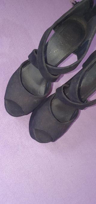 zapatos negros mary paz