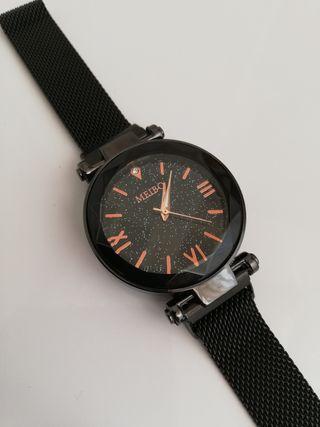Reloj imantado.