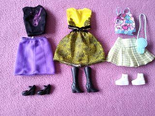 ropa y calzado muñeca Barbie