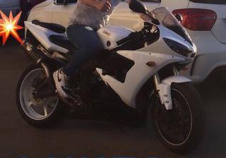 Yamaha R6 s yzf