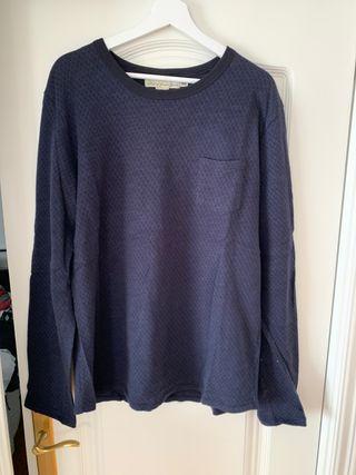 Camiseta H&M azul marino. Talla XL.