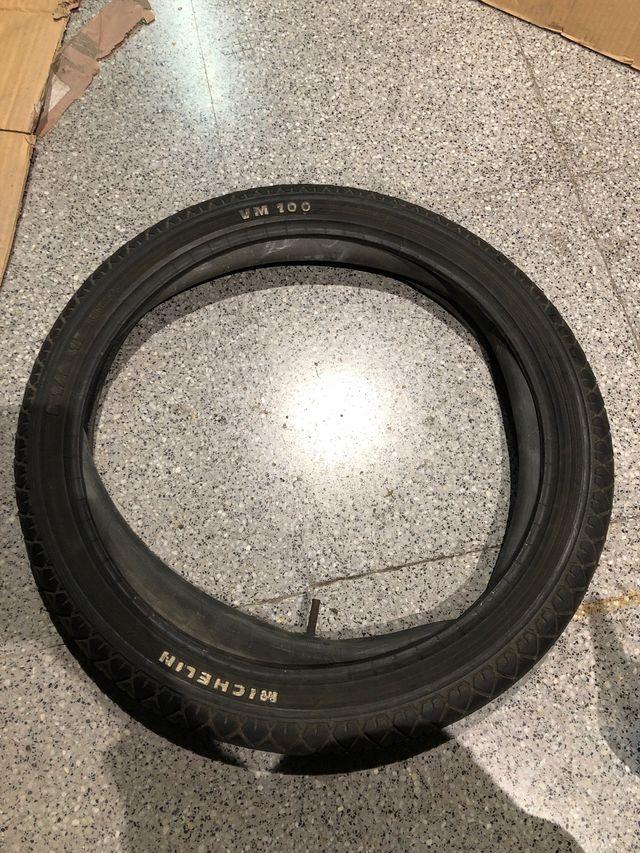 Neumático 2 1/2-17 michelin vm100