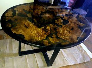 Mesa de Centro_madera de olivo y resina epoxy