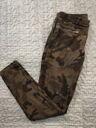 Pantalones militares Breshka
