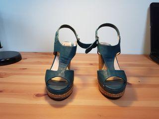 Sandalias alta piel en verde y tacón esparto T36