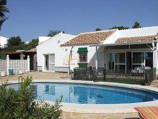 Villa en venta en Viñuela