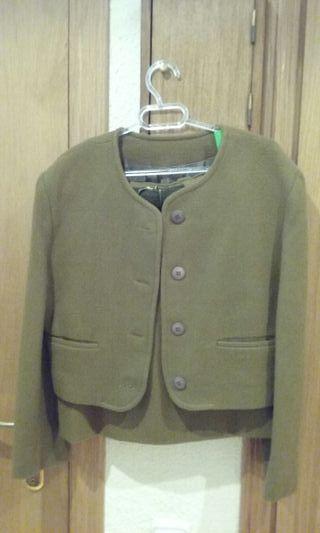 Traje chaqueta verde caqui