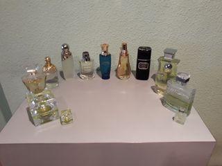 11 ficticios y 2 miniaturas perfumes grandes marca