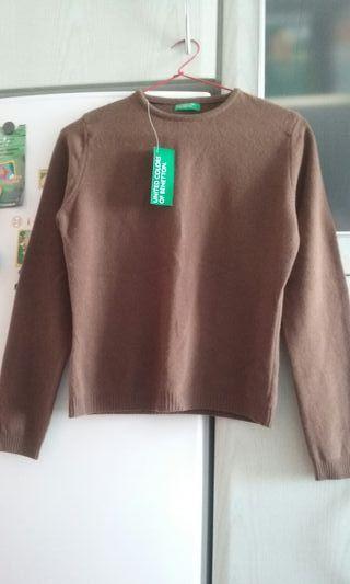 Sin estrenar.jersey de lana marron