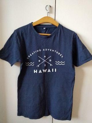 camiseta azul surf
