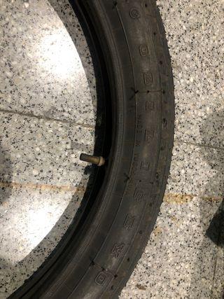 Neumático 2.50-17