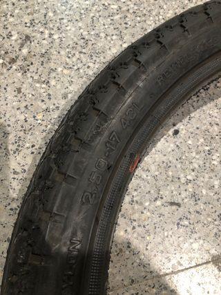Neumático 2.50-17 43L pirelli