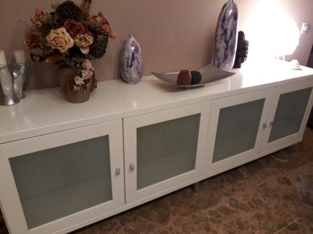 impecable mueble lacado