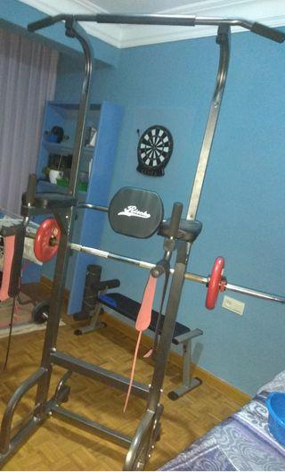 Máquina musculación dominadas press y abdominales