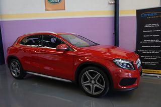Mercedes-Benz GLA 200d 7G-DTC - AMG LINE -