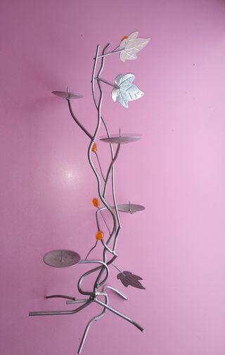 velero de flor metálico