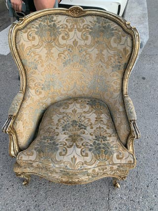 Conjunto isabelino de sofá y dos sillones
