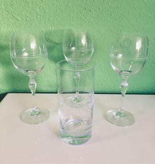 Lote 3 copas y 1 vaso de cristal tallado