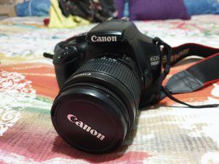 Camara Reflex Canon EOS 1100D y accesorios,tripode