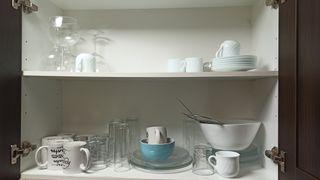 vasos, tazas, copas, cuencos, ensaladera y platos