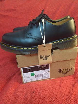 Vendo zapatos Dr Martens
