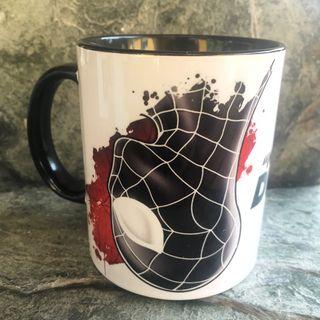 Taza desayuno Spiderman traje negro Marvel comics
