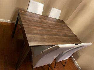 Mesa comedor !! 130cm x 75cm mas sillas en balnco