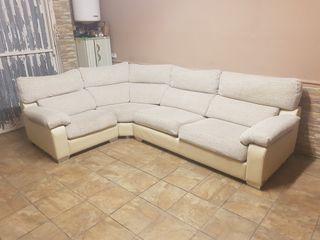 sofá de esquinera
