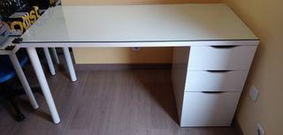 mesa escritorio blanca oficina