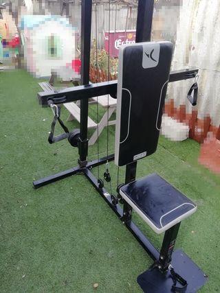 máquina de musculacion