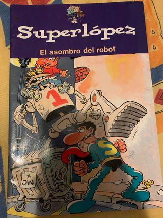 Superlopez el asombro del robot Superlopez