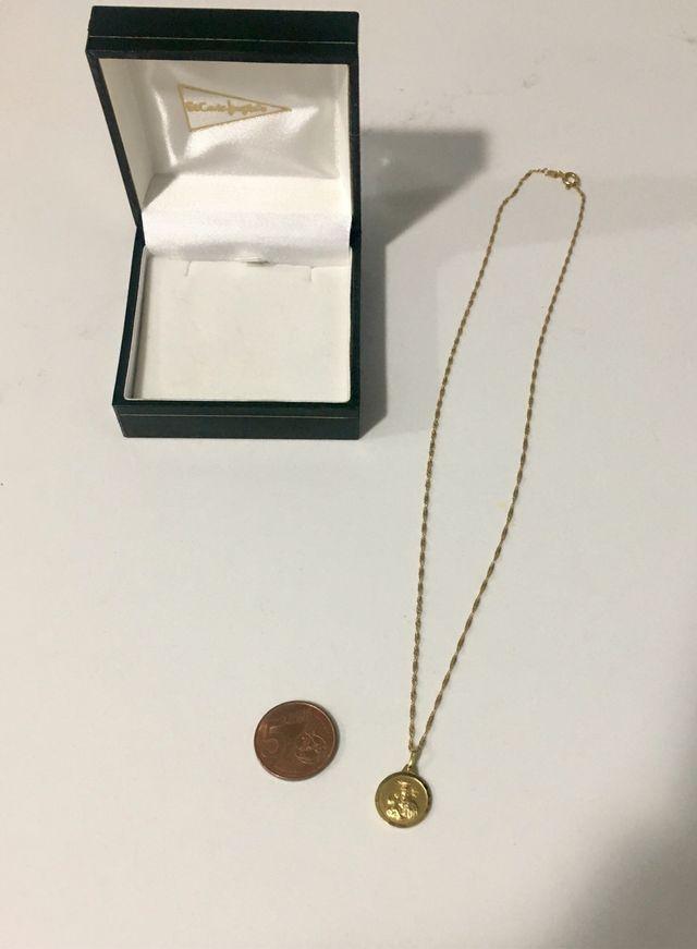 Cadena y medalla escapulario oro amarillo