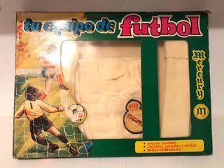 Equipacion Real Madrid 1977 de niño