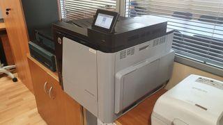 Impresora HP M651 (laser color) + toners nuevos