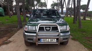 Nissan Navara 2001