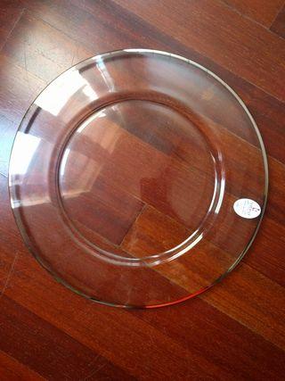 Plato / Fuente de cristal