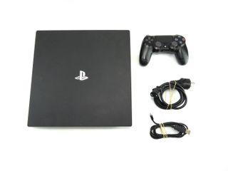 PS4 PRO 1 TB CUH-7016B + MANDO