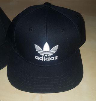 2 gorras Adidas