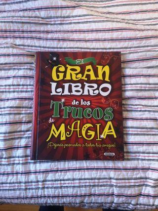 Libro de trucos de magia