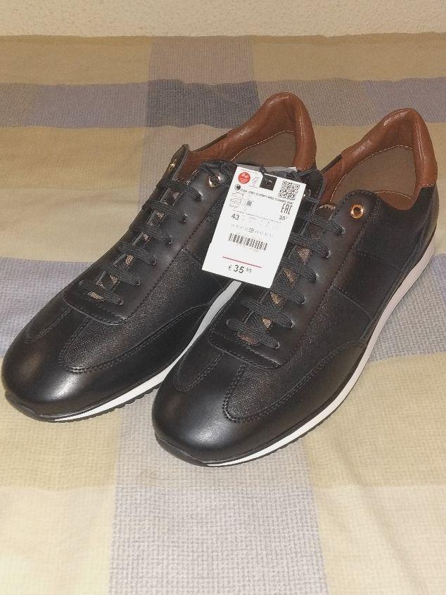 Zapatos de hombre negro nuevos