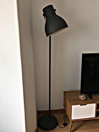 Lámpara Hektar de Ikea