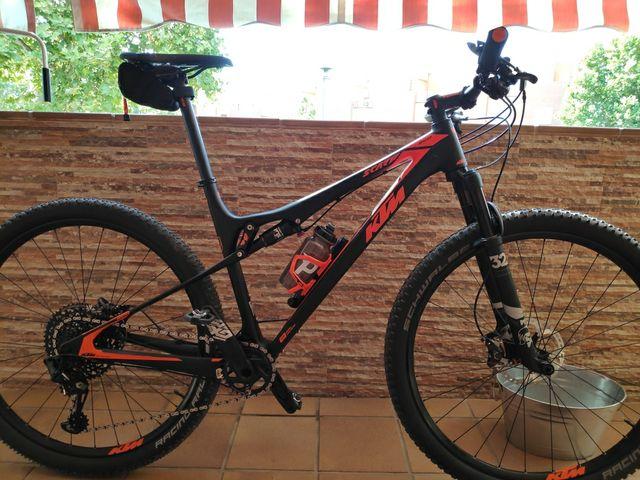 Bicicleta Ktm fibra de carbono