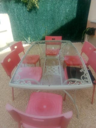 Mesa jardín aluminio y 6 sillas.